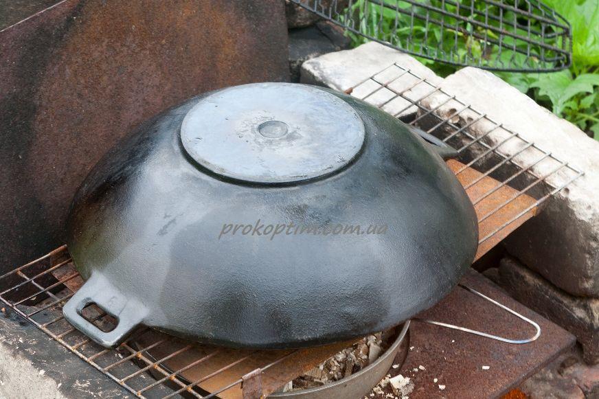 Накроем для копчения наш картофель