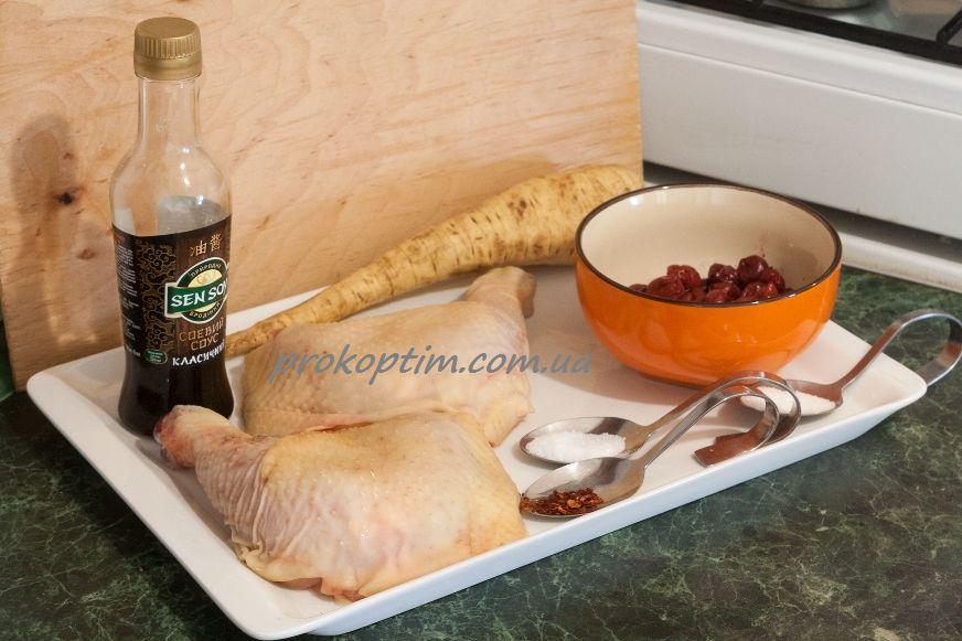 Інгредієнти для приготування копчених стегенець