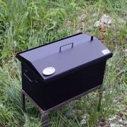 Коптильня домиком окрашенная с термометром